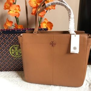 $525 Tory Burch Ivy Size Zip Brown Leather Tote